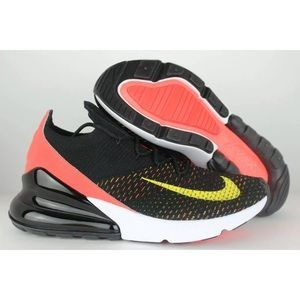 NEW Nike Air Max 270 Flyknit Women's Size 8
